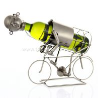 96950 Kovový stojan na víno, motív cyklista