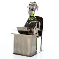 97939 Kovový stojan na víno, motív sekretárka