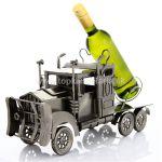 98433 Kovový stojan na víno motív kamión